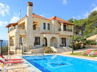 Traditional Luxury Chania Villa to Rent