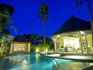 Villa Bliss 2 near - Finns Club membership is included in the rate