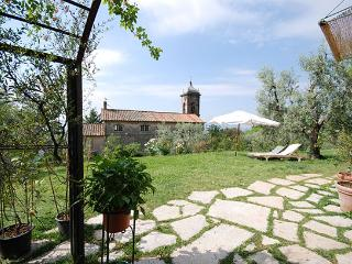 Casa Salvia. Beautiful Stone Villa with breathta, Lucca