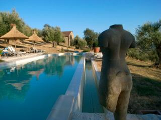 Romantic refuge for 4 with your own private pool., Fontignano