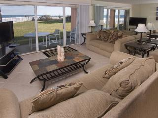 Oceanfront...Ground Floor...Amazing Ocean Views, Satellite Beach
