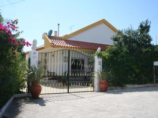 Villa with Private Pool in Pouso Da Abelha, near Lisbon, Azambuja