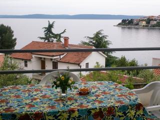 Beautiful Seaside Apartment near Trogir, Croatia, Okrug Gornji