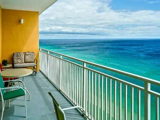 Family Friendly Beachfront for 7, Open week of 3/28, Panama City Beach