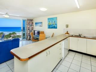 Fully serviced kitchen with fridge, oven and microwave