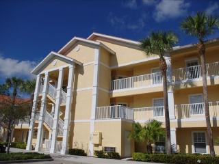 Updated Two Bedroom Condo - Naples, Florida, Napoli