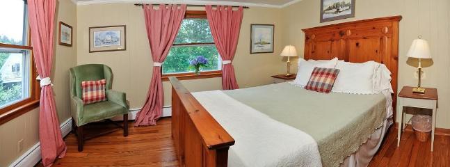 Moonglow room, water view, 2nd floor, queen bed, private bath