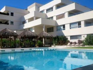 Paradise Found - pasos de Puerto Morelos hermoso condominio a 100 de la playa