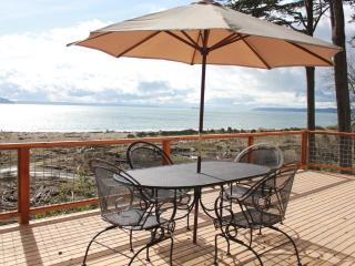 Private Whidbey Island Waterfront Beach Cabin