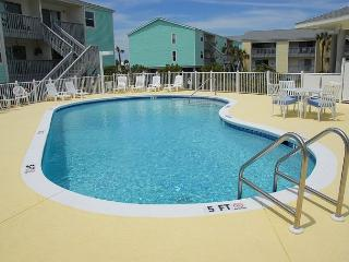 Renovated Gulf Side 2BR - TAXES AND CLEANING INCLUDED