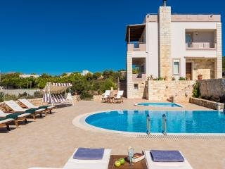 5 Bedroom Villa with Private Pool in Chania, Crete