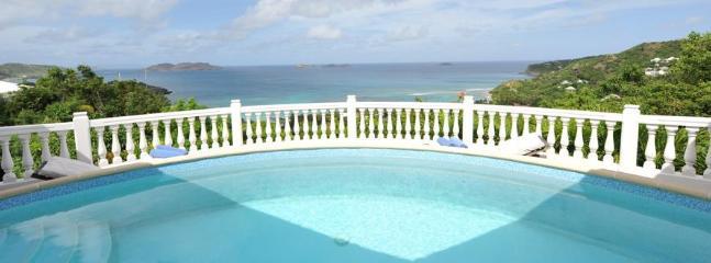 2 Bedroom Villa on the Hillside of Lorient near Petite Saline, Anse de Lorient