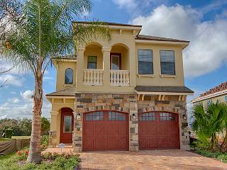 (1164-REUN) Fantastic 5 Bed 5 Bath Reunion Pool Home