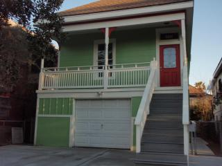 Newly Remodeled Rental Near The Pleasure Pier