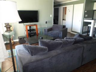 Spacious living room (oversized sofa and chair)