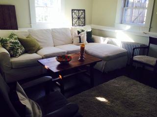 Modern & Cozy Garden Condominium, Rockport
