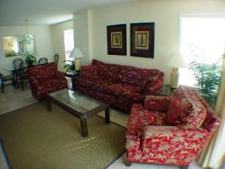 WONDERFUL OCEANFRONT 4 BEDROOM  ATLANTIC DUNES 101, North Myrtle Beach