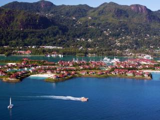 Eden Island - Seychelles Luxury self catering apartment, Marina View