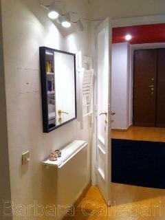 Corridor with 'vanity corner'