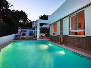 Algarve Luxury 3 bedroom villa close to beach in Algarve Vale do Garrão, Loule
