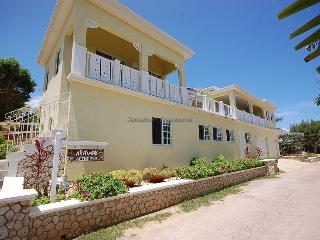 Arawak By The Sea, Silver Sands. Jamaica Villas 4BR