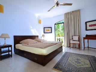WONDERFUL 1 BR. 2 MIN. to the beach, Playa del Carmen