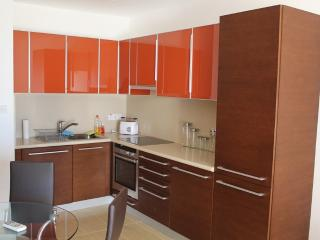 FIG TREE BAY 1 BED APARTMENT