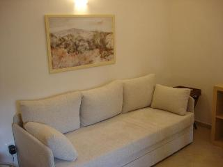 Exclusive 1 bedroom villa with garden and patio in the heart of Jerusalem, Jerusalém