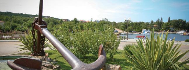 anchor in Klimno