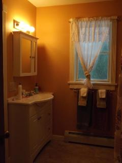 Master Bath w/shower