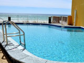 LUXURY BEACH CONDO - DAMAGE PROTECTION INCLUDED