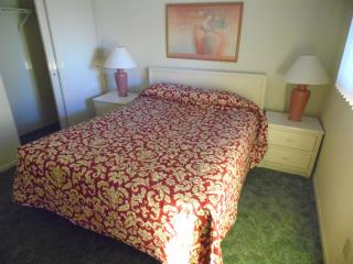 3 BR Ocean Side.  Best deal in town..Book online, Ocean City