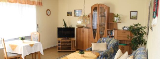 Vacation Apartment in Kröv - 646 sqft, quiet, sunny, comfortable (# 4745), Krov