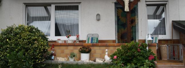 Vacation Apartment in Kröv - 409 sqft, quiet, sunny, comfortable (# 4746), Krov
