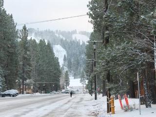 Big Bear Lake Upper Unit Steps to Snow Summit