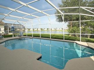 Luxury Westport Villa at Hampton Lakes, Davenport