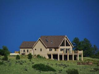 Soaring Eagle:3bd house,mountain views, hot tub, Canon City