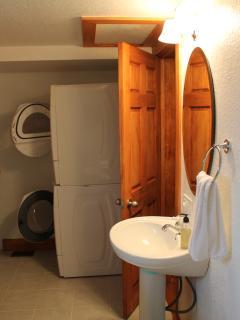 Big Bathroom 3