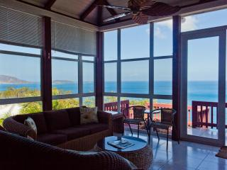 Apple Bay Surf House 'best view of the beach', Tortola