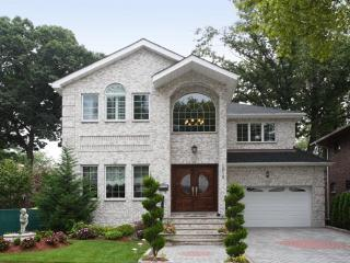 Gorgeous Home Mins to NYC, Fort Lee
