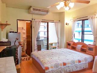 300 $ / MONTH Fully Furnished Studio In Bangkok !!