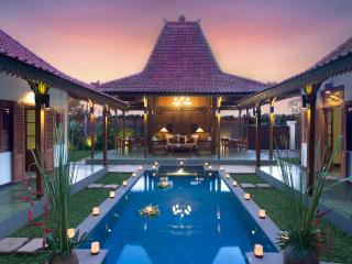 Berawa, 3 Bedroom Villa, Berawa Beach