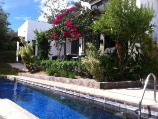 Villa Blanca - Exclusively at Black Stallion Hills, Tamarindo