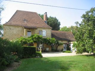 Superb house on the banks of the Dordogne River, Lalinde