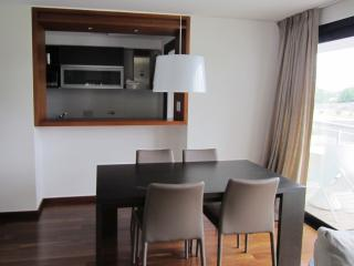 Bright 1 Bedroom Apartment in Carrasco, Montevideo