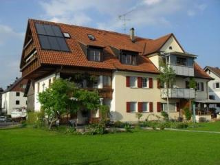 Double Room in Lindau - 215 sqft, bright, pleasant (# 4770)