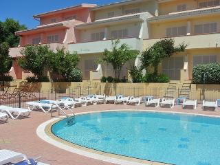 Fantastic one bedroom apartment with swimming pool, Badesi