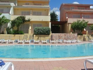 Studio Apartment in residence Le Onde with swimming pool and sea view, Badesi