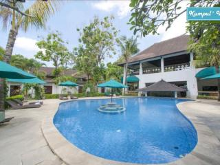Villa 3 Bedrooms Deluxe Seminyak + Breakfast