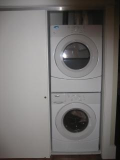 Full washer and dryer in second bedroom
